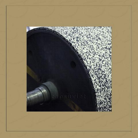 High heat resistant steel roller